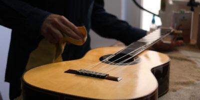 limpieza-diapason-guitarra-3
